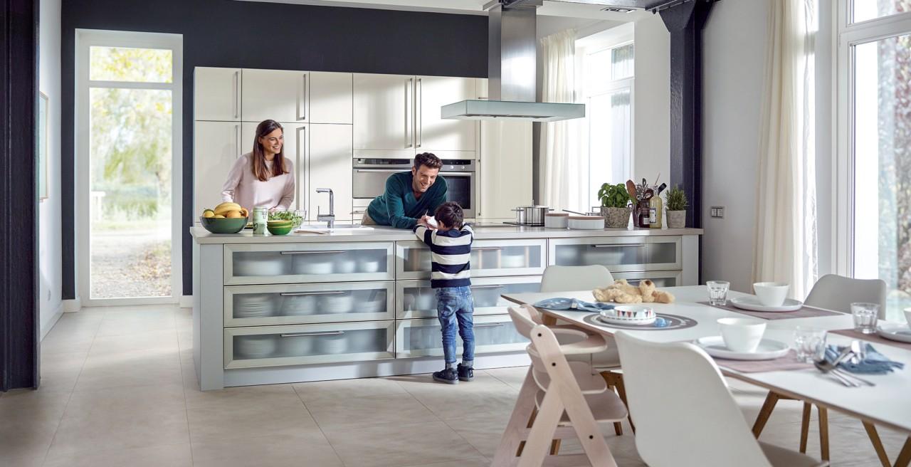 kitchen_couple_Web