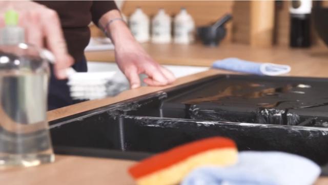 Hoe Silgranit spoeltafels schoonmaken