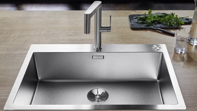 Fascinating stainless steel. The CLARON bowls now also come in Durinox